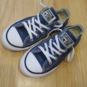 Youth 10.5 blue Navy Converse sneakers